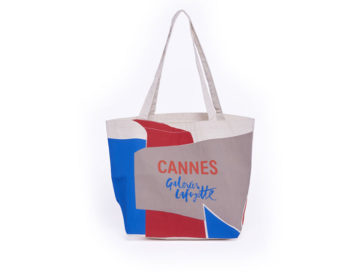 Tote bag personnalisable grand format type sac coton publicitaire pour l'événement Cannes pour les Galeries Lafayette